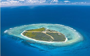 6 Day/5 Night Lady Elliot Island Package from Hervey Bay