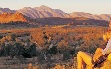 2 Day/1 Night Uluru Unearthed Tour from Alice Springs to Ayers Rock