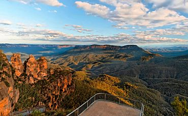 1 Day Blue Mountains, Wildlife, River Cruise and Scenic World Rides Tour