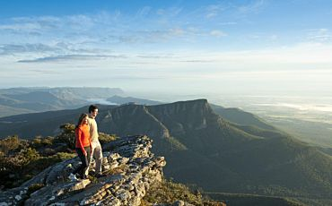 3 Day/2 Night Great Ocean Road and Grampians Tour to Adelaide from Melbourne