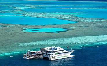 Half Day Outer Great Barrier Reef Adventure to Hardy Reef from the Whitsundays
