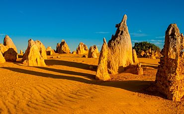 1 Day Pinnacles Desert 4WD Adventure Tour from Perth