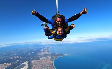 Rockingham Tandem Skydive from Perth