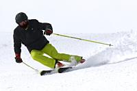 Skiing (Snow)