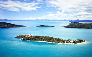 Half Day and 1 Day Daydream Island Escape Tour from The Whitsundays