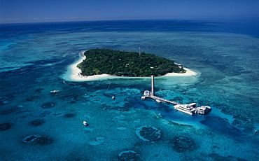 Half and 1 Day Great Adventures Green Island Tours from Cairns