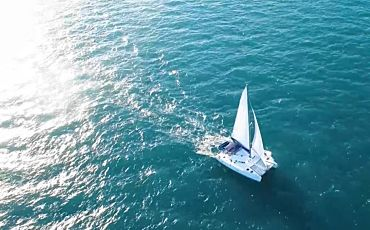 3 Day/3 Night Whitsunday Blue Whitsunday Islands Sailing Tour from Airlie Beach