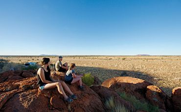 1 Day Seit Patji Uluru with Traditional Owners from Ayers Rock to Ayers Rock