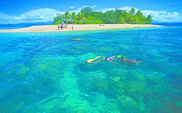 1 Day Wavedancer Low Isles Sailing Adventure from Port Douglas