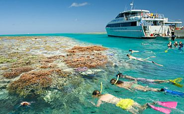 5 Day/4 Night Fraser Island and Great Barrier Reef Tour