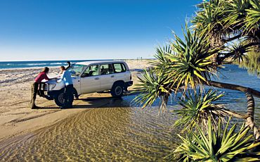 1 Day Fantastic Fraser Island 4WD Tour from Hervey Bay