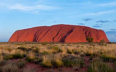 1 Day/1 Night Uluru and Kata Tjuta Tour from Ayers Rock to Ayers Rock